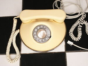 Vintage-Phone-Retro-1960s-Round-Cream-Ivory-white-dial-Telephone-Made-in-U-K