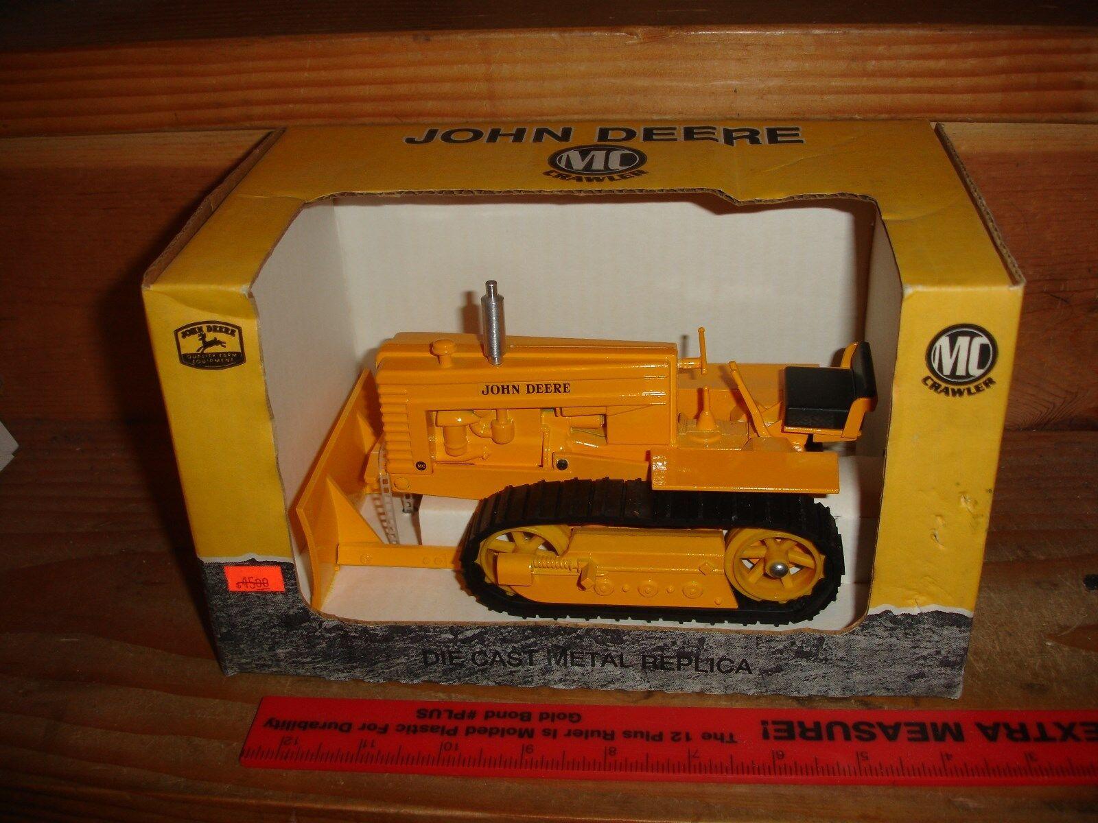 1 16 john deere MC industrial crawler in box