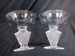 FABULOUS-SET-OF-6-VINTAGE-ART-DECO-SHERBET-OR-CHAMPAGNE-GLASSES-MADE-IN-FRANCE
