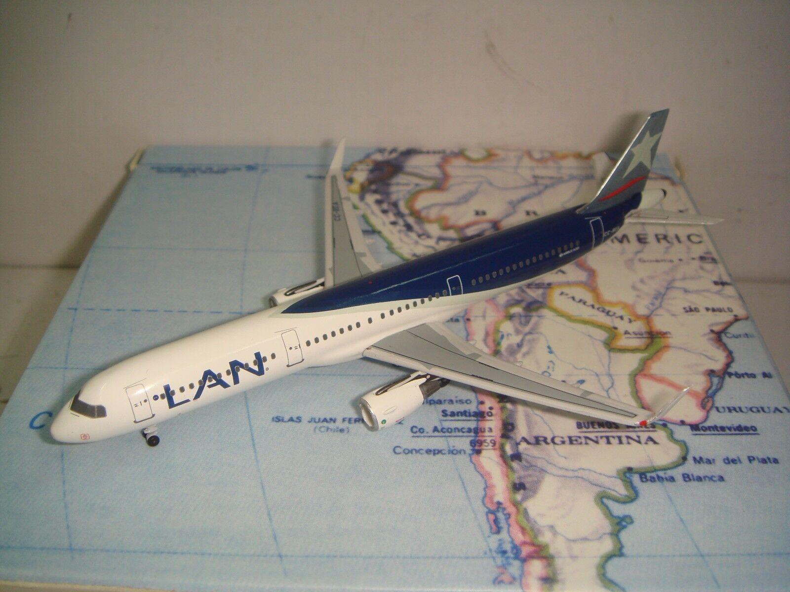 Aeroclassics 400 LAN Airlines A321-200WL  2010 S couleur  1 400