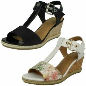 Ladies-Van-Dal-Wedged-Heel-Sandals-Jordan