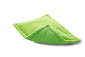 New-design-Guinea-pig-and-small-animal-WATERPROOF-pee-pad-made-by-ATALAS-lime