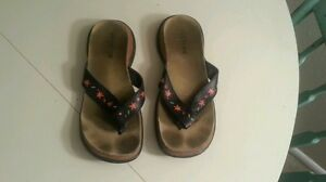 TABARCA-by-Pepa-Black-Floral-LEATHER-CORK-SANDALS-Womens-SZ-8