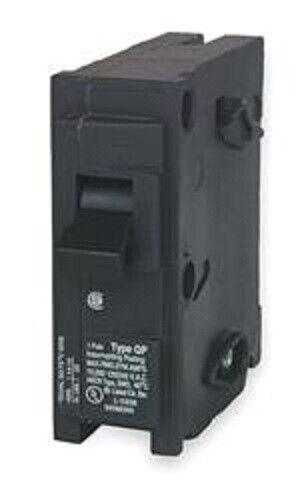 Siemens Wesco Circuit Breaker; 15 Amp; Manual Reset; Single