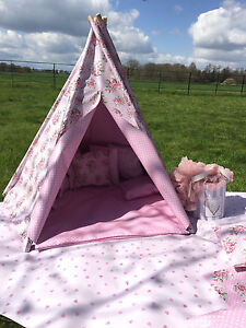 Playtive Junior Play Tent with Tunnel