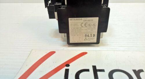 Mitsubishi SD-N11 Magnetic Contactor w// 2x UN-AX11 Auxiliary Contact; TESTED