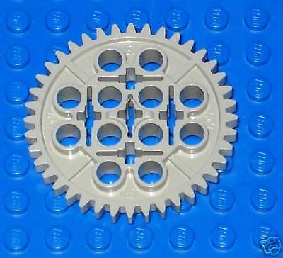 Lego Technic 50 Piece Gear Axle Bushing Set Mindstorms NXT EV3 First Lego League