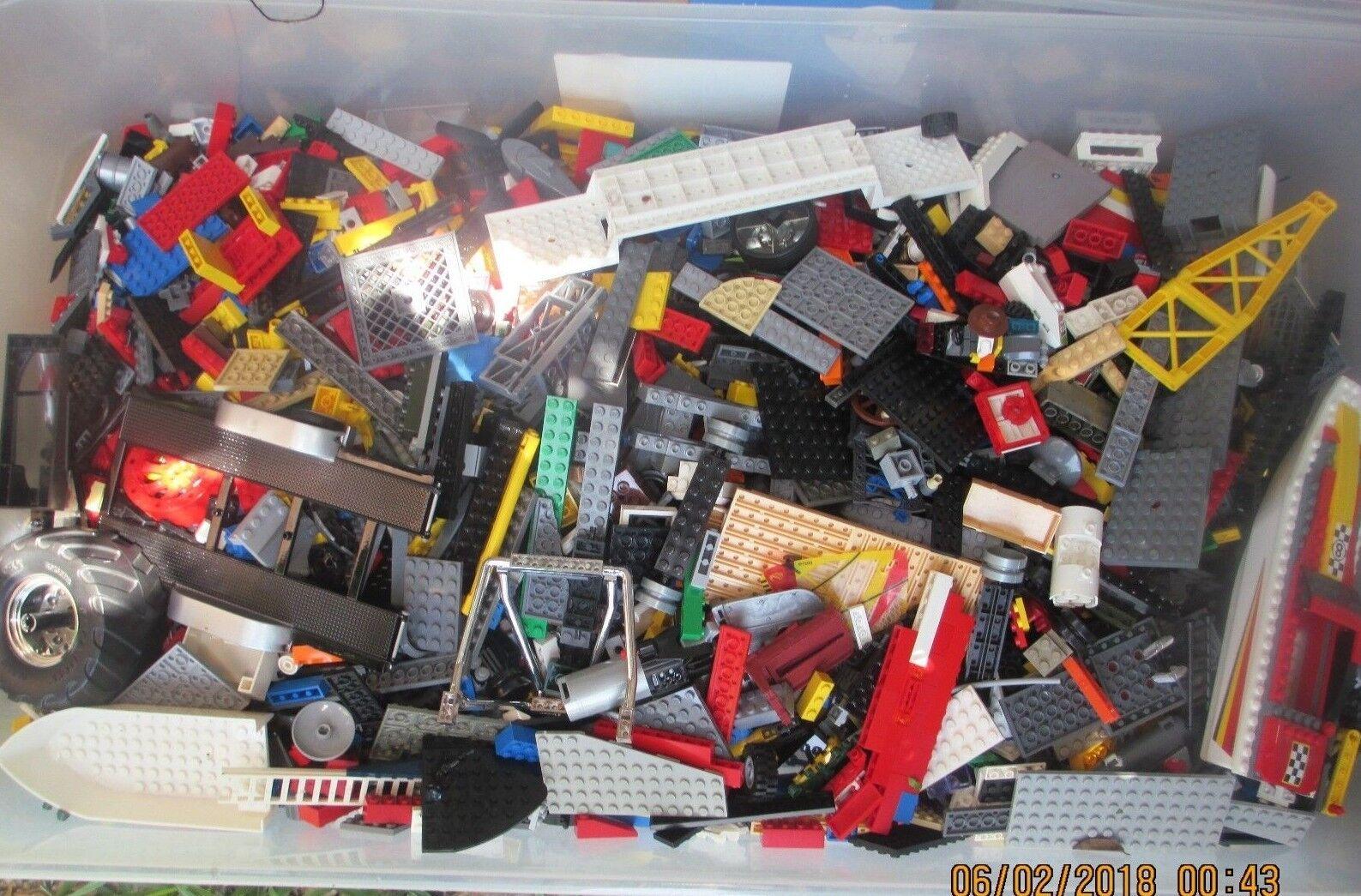 Lego Legos 40 lb Punds Bulk Lot av tilldelade färgdelar
