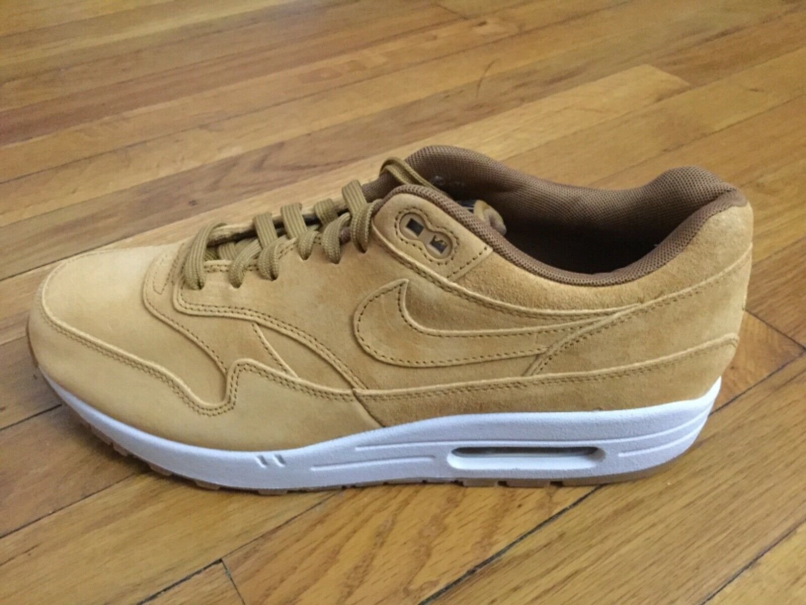 Premium 1 Max Air Nike Wheat masculinas. yardas 875844 701