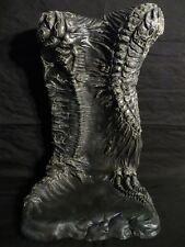 "Reissue base ""NEILA"", resin kit 1/6. design, and sculpture, by JL CRINON"