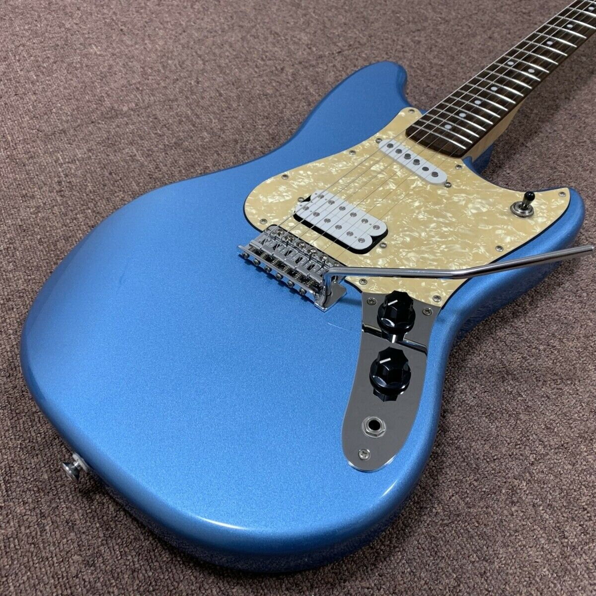 Squier by Fender CYCLONE LPB JAPAN beautiful rare EMS F S