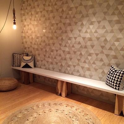 Striking Beige & Cream Triangle Geometric Metallic Wallpaper - NEW - 10M ROLL