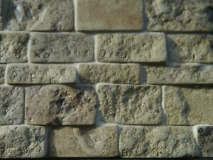 Pietra Verde Rivestimento : 25 sq ins rough faced green stone real stone cladding for dolls