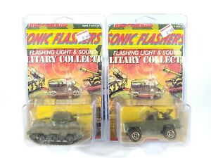 Majorette-Sonic-Flashers-Military-Lot-of-2-Diecast-New-on-Card-1-64-Diecast