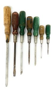 Vintage-Lot-of-7-Misc-WOOD-HANDLE-SCREWDRIVERS-SLOTTED-amp-PHILLIPS