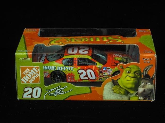 2004 Shrek 2 2 2 NASCAR, Die Cast Metal Car Models. d3a4e0