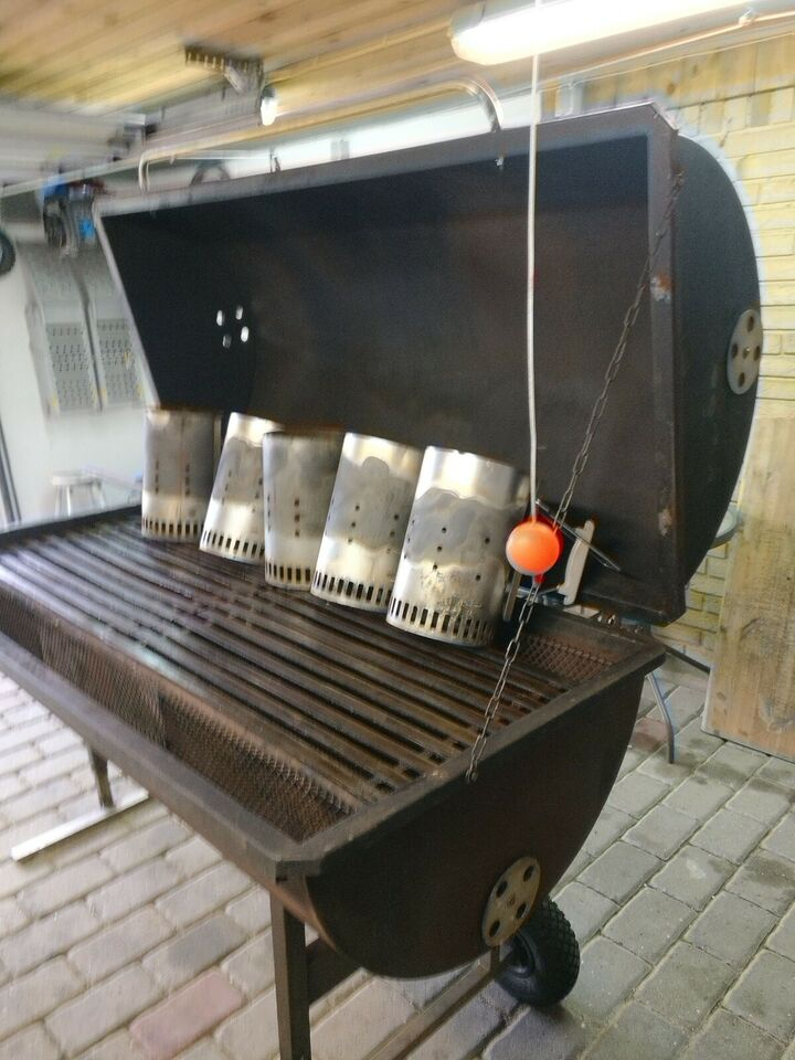 Anden grill, Hjemmebygget