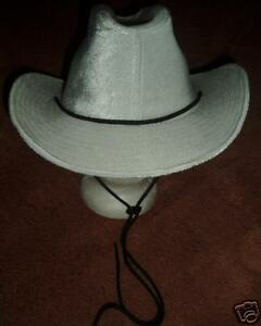 Image is loading Awesome-White-Velvet-Cowgirl-Hat-w-Chin-Strap- 3ac51a2ef62