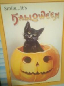NEW-type-of-PHOTO-POST-CARD-SMILE-IT-039-S-HALLOWE-039-EN