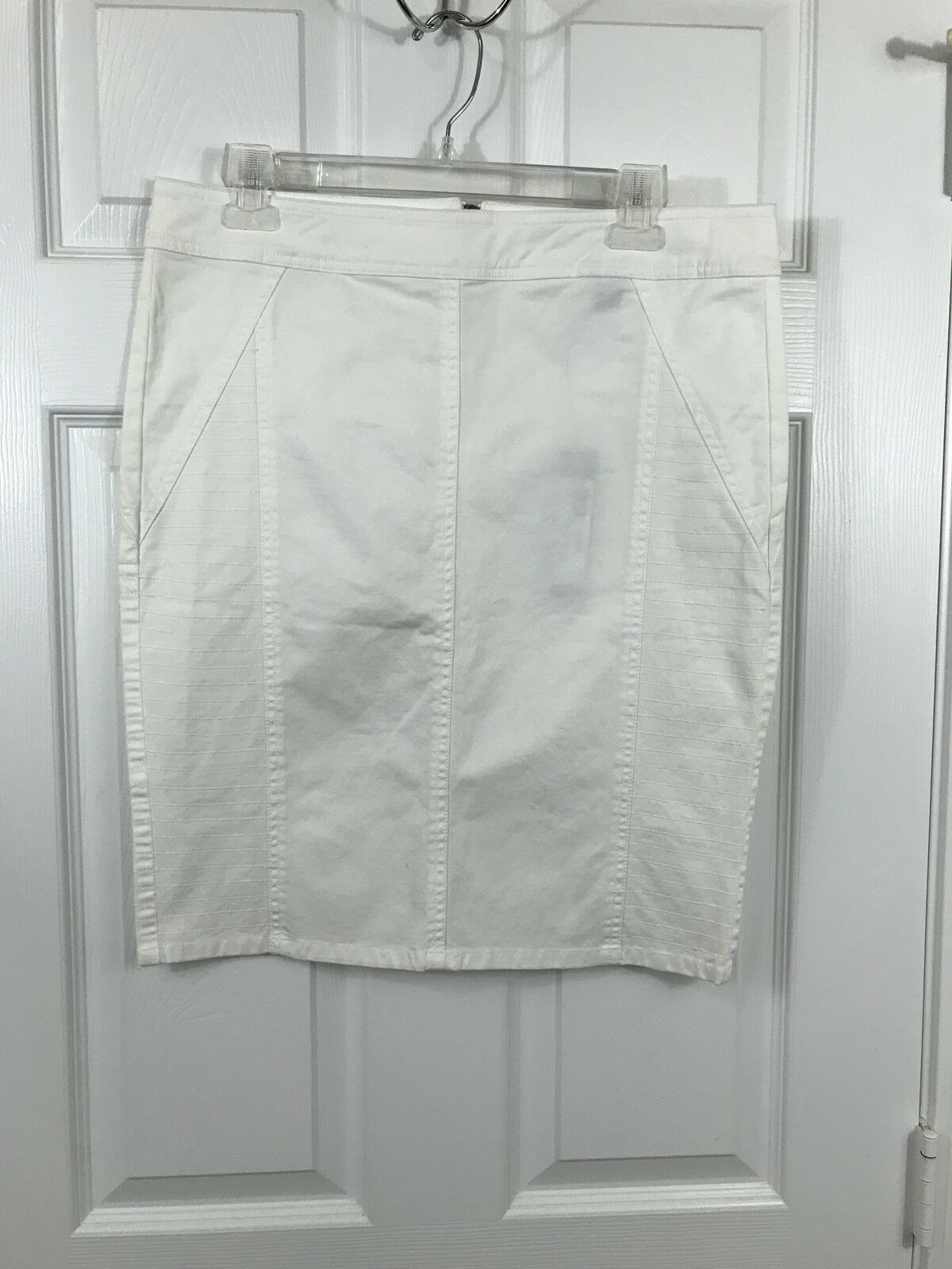 NWT ISDA & CO White Micro Stretch Twill Straight Skirt Size 8 New  172
