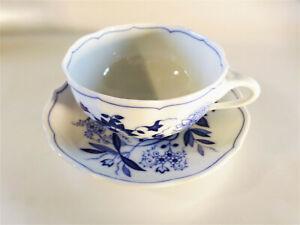 Tee-Obertasse-0-22-l-mit-Tee-Untertasse-14-cm-Hutschenreuther-Blau-Zwiebelmuster