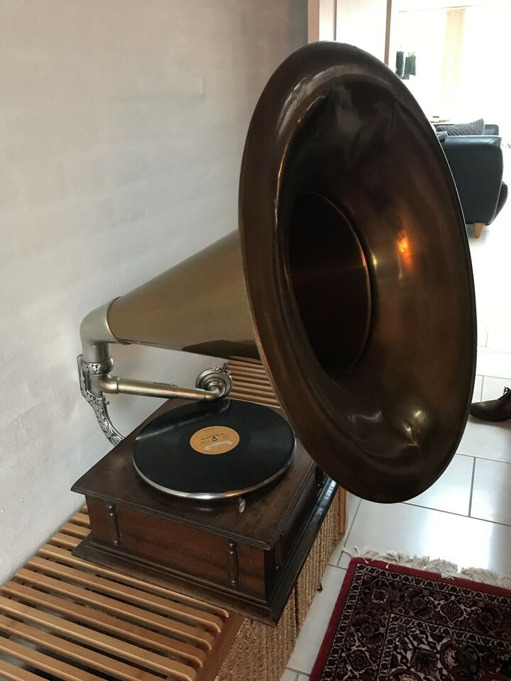 Pladespiller, Excel-Si-Phone gramophone made in