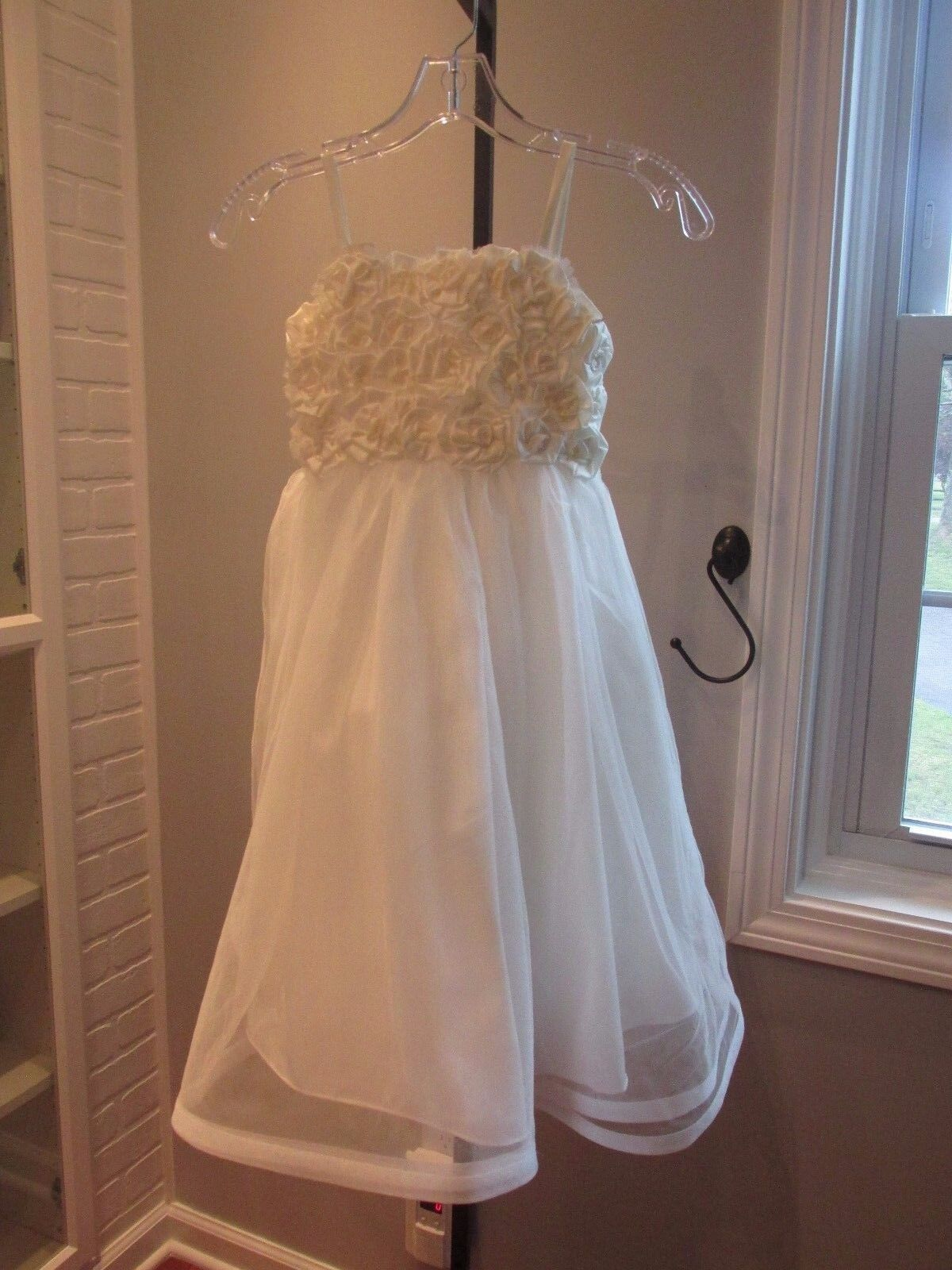 Alfred Angelo-Style 6660-Ivory- size 6-Flowergirl/Holiday/Formal 928-40