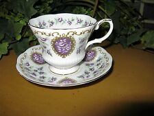 Vintage Royal Albert Bone China Tea Cup & Saucer Cameo Series England Mint