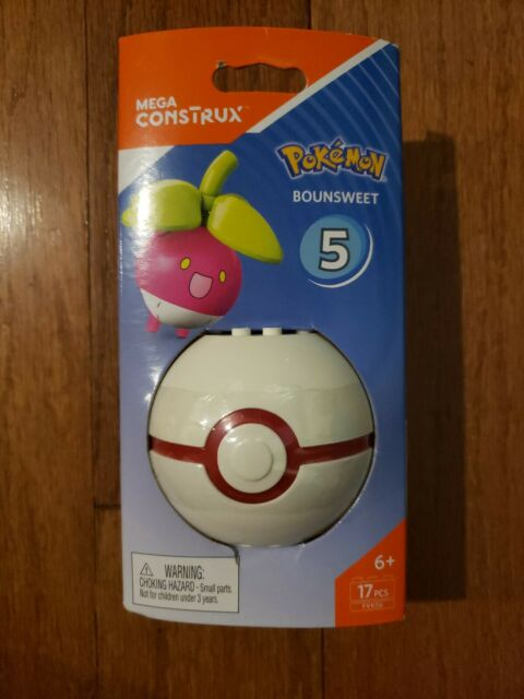 Mega Construx Pokemon Series 5 Carvanha Figure w// Premier Ball Building Set
