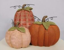 Trio of pumpkins with leaves on top - New block by Blossom Bucket #81155