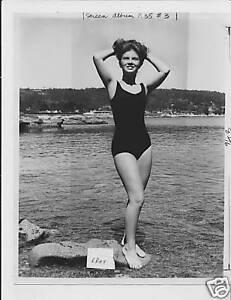 Annette Gorman leggy barefoot VINTAGE Photo