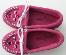 MINNETONKA Pink Suede Girls Moccasins Size 10 Beaded Fringed Tie