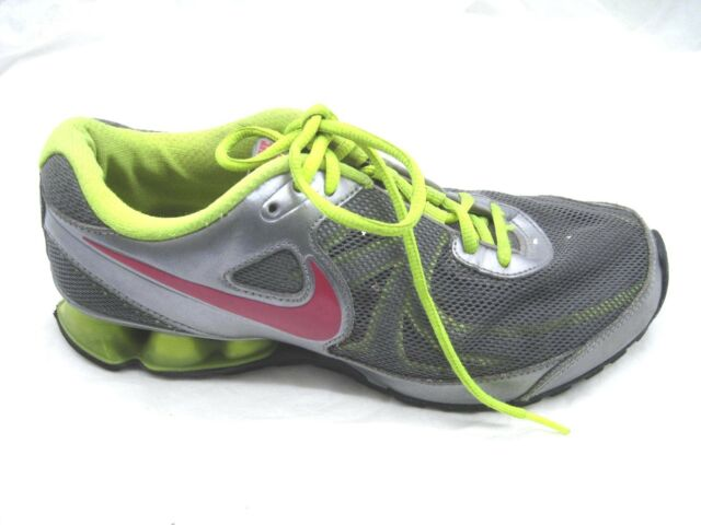 Nike 8.5M Reax silver green pink running womens ladies athletic running shoes