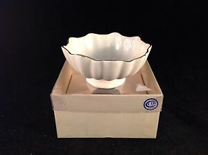 Lenox-Scalloped-Bowl-1-3-4-034-H-x-4-034-D-with-Box
