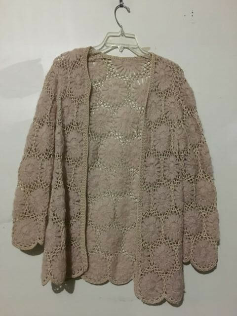 Hand Made Tan Knit Lange Crochet Cardigan Sweater daMänner Stylish Größe M Unique