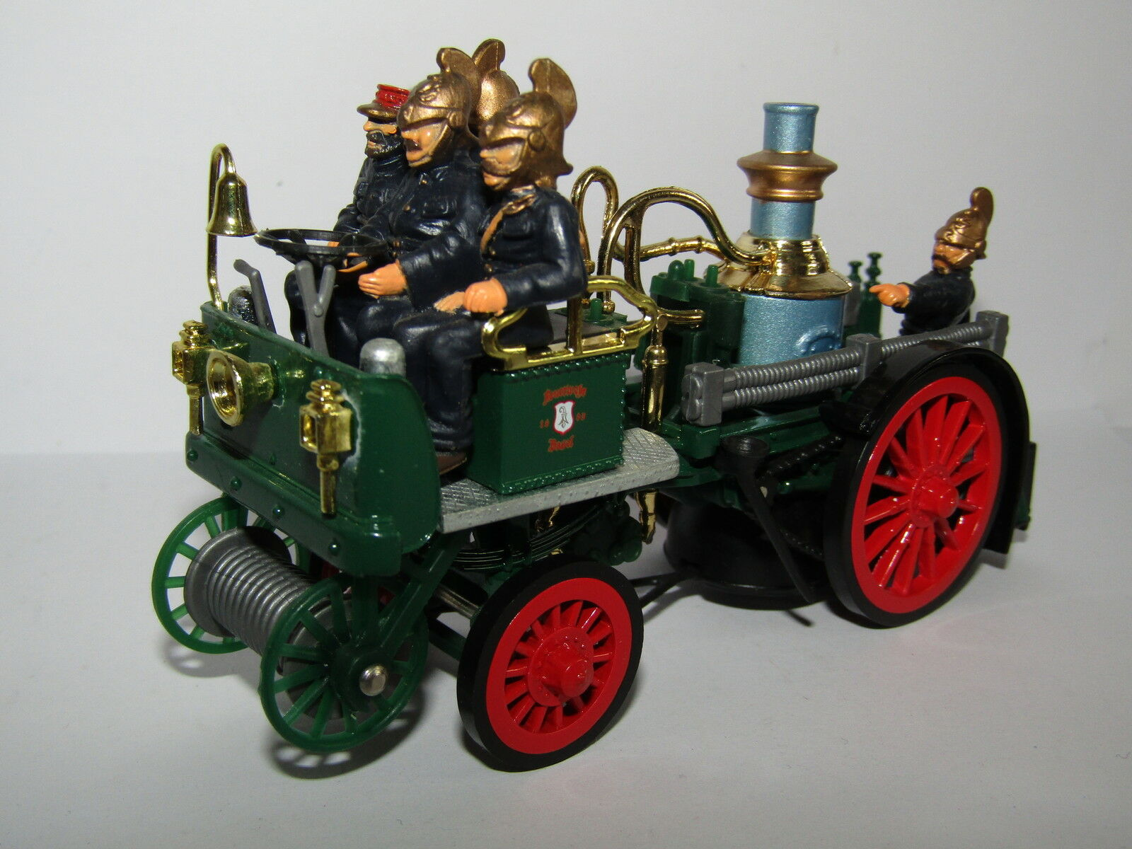 MATCHBOX MODELS OF YESTERYEAR 1905 BUSCH SELF PROPELLED FIRE ENGINE 1 43  YS-43