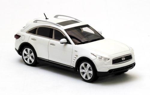 Infinity FX50 Version 2 2010 Pearl 1 43 Model NEO SCALE MODELS