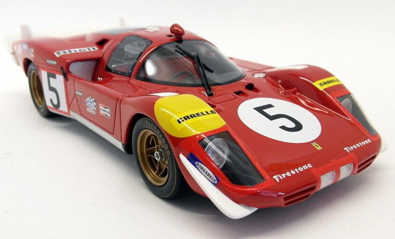 CMR 1 18 Scale - 029 FERRARI 512 S Mignon  5 24 H LE MANS 1970 résine voiture modèle