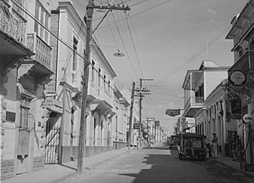 "Puerto Rico Street in the shopping district 8/"" x 10/"" 1941 Photo Manati"