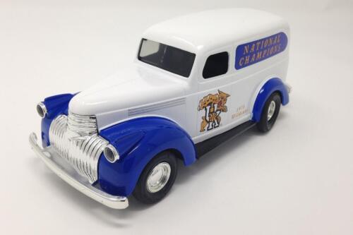 Kentucky Basketball ERTL National Champions 1946 Chevy Suburban DIECAST Bank