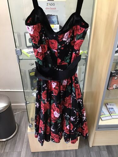 Deadly Dames Black With Roses Print Pinup Dress Si