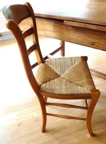 2 chaises en hêtre fabriquées par ébéniste