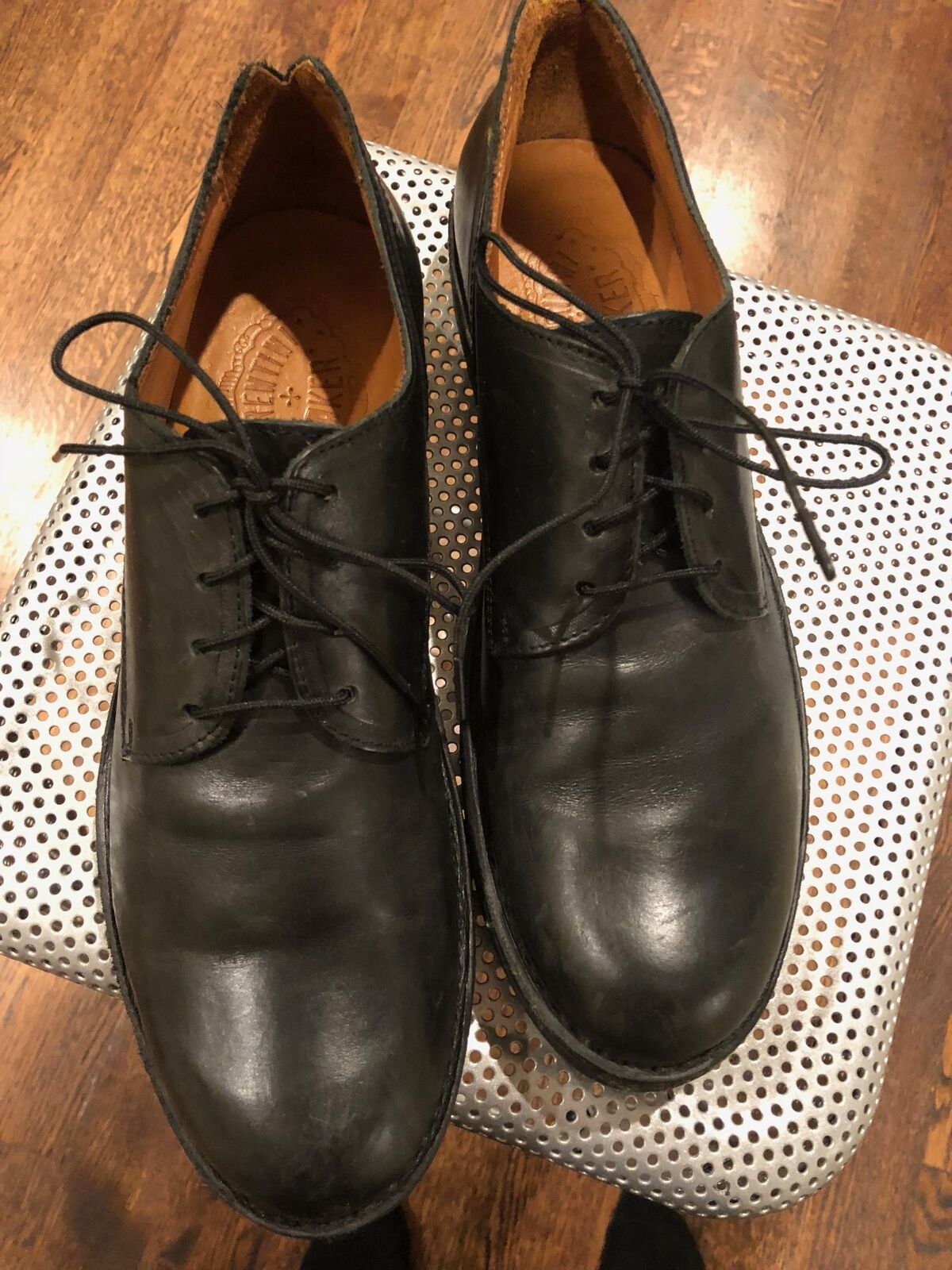 Excelente condición usada FIORENTI & BAKER Laceup Formal Vestido Negro Zapatos Hecho en Italia