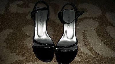 Damen Sommerschuhe, Sandaletten mit Riemchen Gr. 36