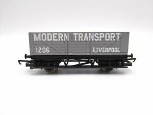 Hornby-R1115-Modern-Transport-Liverpool-7-Plank-Wagon-OO-Very-Good-Condition