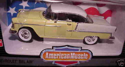 1955 Chevrolet Belair giallo biancao 1 18 Ertl American Muscle 7254