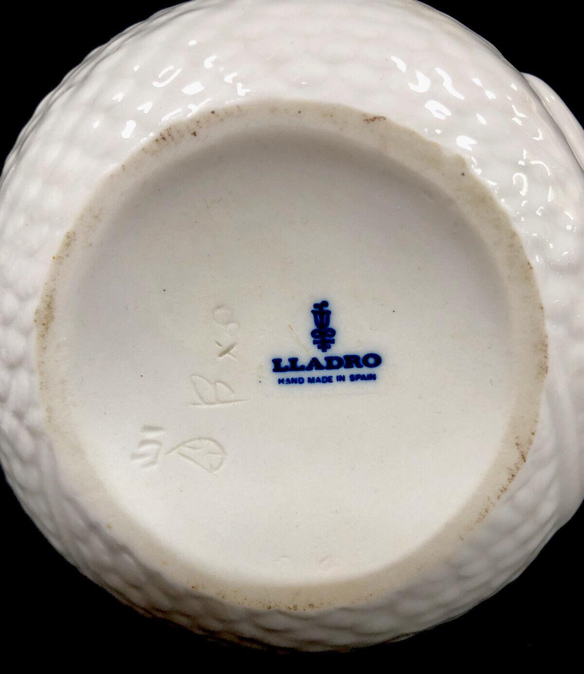 Image 8 - Vintage Retired Lladro Porcelain Swan No 4829 1982 Made In Spain