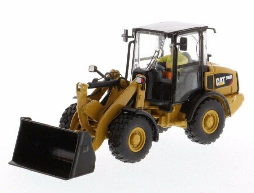 Cat Caterpillar 1 50 scale 906M Compact Wheel Loader 85557 Diecast Masters