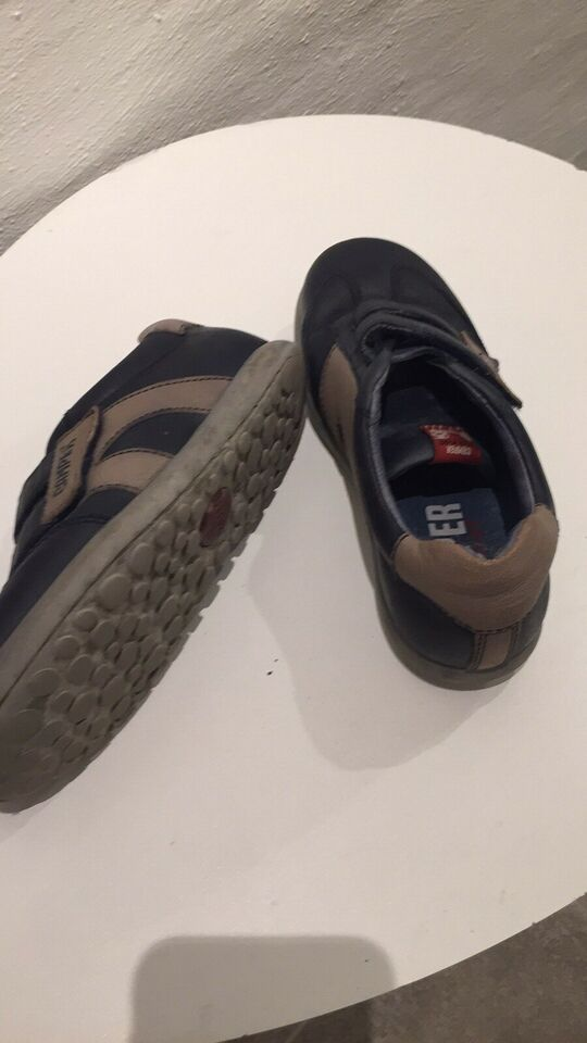 Sneakers, str. 33, Camper