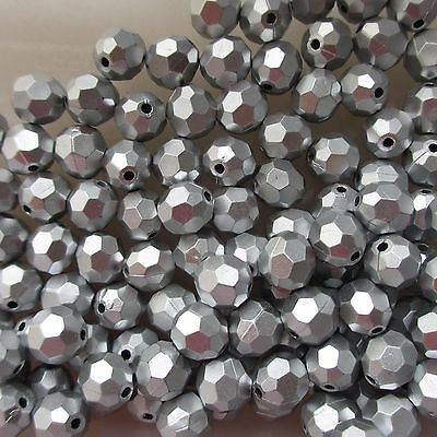 200 10mm Faceted Acrylic Silver Round Beads For Jewellery and Craft Making